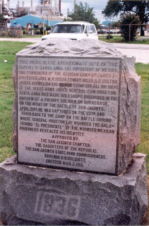 Text on the Santa Anna capture monument